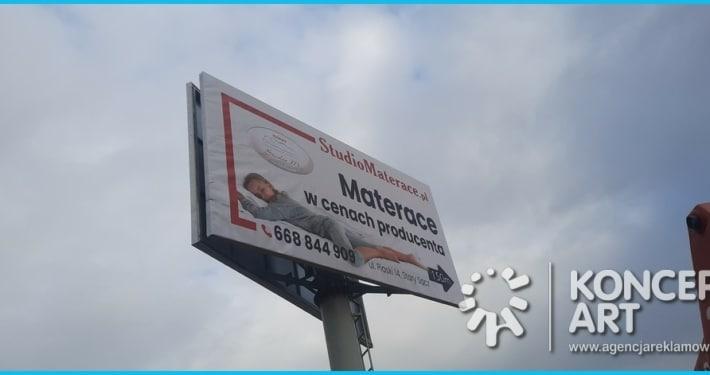 baner na tablicy reklamowej drukarnia wielkoformatowa nowy sącz bnery